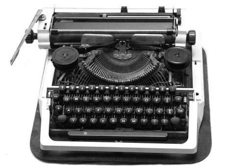 black-686928_1920